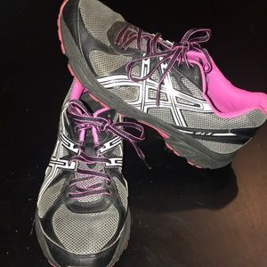 Gently used ASICS shoes
